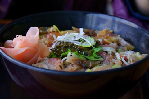 鰺3色丼840円